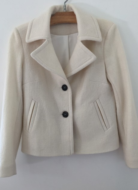 Jacket with dark buttons